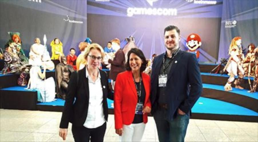 Staatssekretärin Daniela Schmitt am ersten Tag auf der Gamescom 1