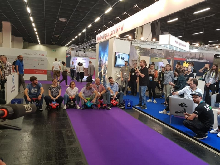 Gamescom 19 - Gaming-Aid Charity Bobbycarrennen 9